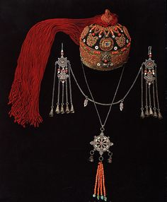 Mongolia | Headdress, earrings and pendant. Silver, coral and other stones.