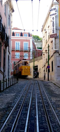 Travel the old fashioned way via the funicular tram ! Lisbon, Portugal   |   Travel Impressions From Lisbon, Cidade Vibrante