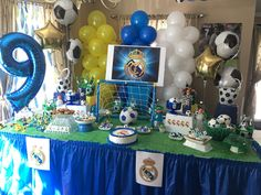 Real Madrid birthday party Soccer Birthday Parties, Soccer Party, Dad Birthday, Birthday Ideas, Soccer Cake, Real Madrid Soccer, Ideas Para Fiestas, Dinner Recipes For Kids, Party Planning