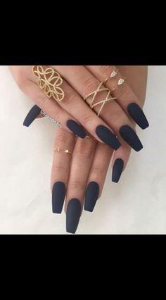 Trendy Dark Grey Nails With Red 42 Ideas Acrylic Nails Almond Short, Dark Acrylic Nails, Dark Grey Nails, Dark Color Nails, Grey Matte Nails, Sns Nails Colors, Coffin Nails Matte, Henna Nails, Aycrlic Nails