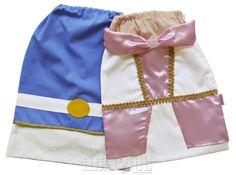 """Mochila Infantil tipo """"Saquinho"""" no Modelo Princesa  Tema Realeza    Corpo da mochila em tecido 100% algodão e detalhes em cetim.  Fechamento prático!    - Vestido nas cores branca e rosa claro com decote """"ombro a ombro""""  - Saia em cetim rosa claro  - Aplicações de guipir dourado  - Cadarço branc..."""