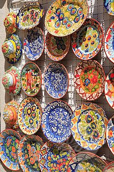 Portugal, Estremadura, Sintra, Colourful plates
