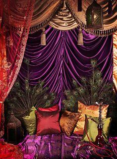 Peacock Bohemian Decor: Boho Gypsy ⚜️ Ꮗiℓd 'ɲ' Frƹƹ™ Be still my heart, colour palette peacock décor! Moroccan Decor, Moroccan Style, Moroccan Bedroom, Moroccan Lanterns, Moroccan Interiors, Gypsy Style, Bohemian Style, Boho Gypsy, Boho Chic