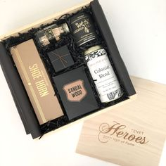 Corporate Holiday Event Gift. Client Gifting. Curated gift box for businesses. Employee Gift