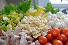 Supergod salat som du faktisk har lyst til å spise! Cobb Salad, Feta, Dairy, Cheese