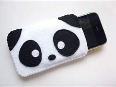 Panda iPhone case - no tutorial, but a great idea Felt Phone Cases, Felt Case, Diy Phone Case, Iphone Cases, Phone Cover, Iphone 6, Cute Crafts, Felt Crafts, Diy And Crafts