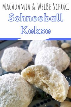 (Deutsch) Schneeball Kekse mit weißer Schokolade und Macadamias - Macadamia White Chocolate Snowball Cookies – an easy melt in your mouth Christmas Cookie that must be part of your Christmas baking this year Cookies Macadamia, White Chocolate Macadamia Cookies, Chocolate Snowballs, Chocolate Biscuits, Chocolate Cookies, Chocolate Chocolate, Baking Recipes, Cookie Recipes, Dessert Recipes