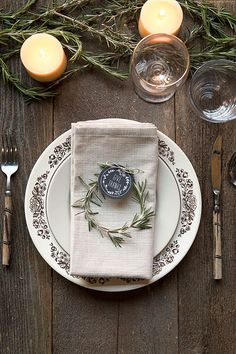 3 Thanksgiving Dinner Place Setting Ideas | Evermine Occasions | www.evermine.com