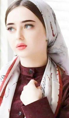 New Fashion: Beautiful Girls Pics Beautiful Blonde Girl, Beautiful Girl Photo, Cute Girl Photo, The Most Beautiful Girl, Iranian Beauty, Muslim Beauty, Beauté Blonde, Blonde Beauty, Beautiful Muslim Women