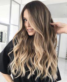 Blonde Hair With Blue Highlights, Brown Blonde Hair, Blonde Wig, Light Brown Hair, Hair Color Balayage, Brunette Hair, Blonde Color, Dark Brown To Blonde Balayage, Balayage Brunette To Blonde