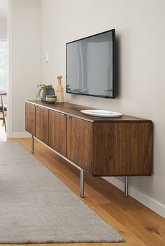 Superbe Hensley Media Cabinets
