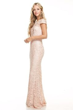 Long lace bridesmaid dress.. featuring lace overlay on sweetheart neckline. Available in 2 colors Royal Blue and Blush. Size: Small - Medium - Large. ( Please see the below size chart and carefully re
