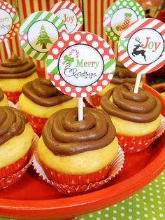 Christmas cupcake toppers by Leslie Earnest Studios
