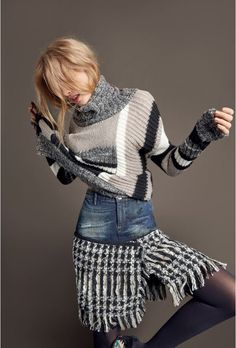 Striped gray, wide-fitting turtleneck sweater
