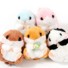 Coroham Coron is Amuse's adorable lineup of round little hamsters, but this mini mascot line takes cuteness to a whole new level with its sweets-based theme!   There are five versions available and each comes with a colorful string loop so you can attach it to your bag or cell phone: Coron himself who's holding a giant sweetie, Chocoron (a brown hamster), Gomamaru (a panda-colored hamster), Ichi...