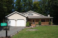 Click for more info 674 Maxatawny Dr, Pocono Lake, PA 18347 MLS #PM-38844…