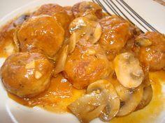Receta de Albóndigas de Pollo en Salsa de Champiñones