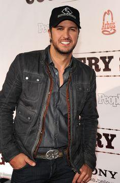"luke Bryan pics | Luke Bryan Luke Bryan attends the ""Country Strong"" Premiere at Regal ..."