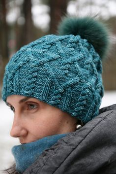 Lots of patternsFree Knitting Pattern for Agathis Hat - Versatile cable hat by Agata Smektala can be knit slouchy or beanie style, with or without pompom. Pictured project by Mammutis. Loom Knitting, Knitting Patterns Free, Knit Patterns, Free Knitting, Free Pattern, Knit Or Crochet, Crochet Hats, Cable Knit Hat, Knitting Accessories