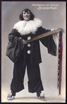RPPC C 1910 Germany Actress Dressed as The Funny Doll Admiralspalast Berlin