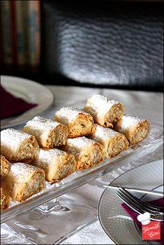 Fındıklı & Tahinli Çıtır Rulolar French Toast, Food And Drink, Breakfast, Morning Coffee