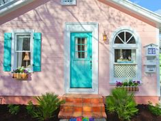 1000 Images About Beach House Exterior Colors On Pinterest Beach Houses Front Doors And Shutters