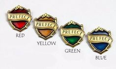 New Hogwarts Prefect Badges - Set of 4 - Movie & Pottermore Version! Only at KingsCross! Harry Potter Cosplay, Harry Potter Cast, Harry Potter Houses, Harry Potter Characters, Imprimibles Harry Potter, Slytherin Pride, Ravenclaw, Cute Pins, Cool Stuff