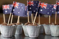 Tim Tam and Milo Truffles 16 Tasty Twists On Classic Aussie Treats Australian Party, Australian Desserts, Australian Food, Australian Recipes, Aussie Bbq, Aussie Food, Australia Day Celebrations, Aus Day, Happy Australia Day