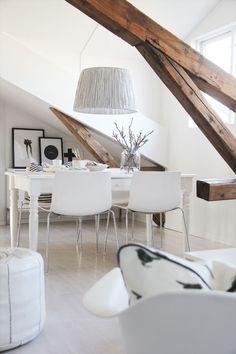 12 Best Scandinavian Interior Design Tips and Ideas - Home Page Scandinavian Interior Design, Interior Design Tips, Interior Inspiration, Interior Decorating, Scandinavian Style, Design Ideas, Nordic Style, Attic Design, Home Design