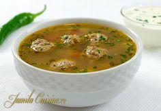 Ciorba de perisoare European Dishes, Soup Recipes, Cooking Recipes, Soup Dish, Romanian Food, Romanian Recipes, Good Food, Yummy Food, Seasonal Food