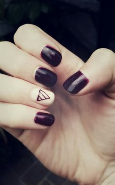 Nails... express triangle