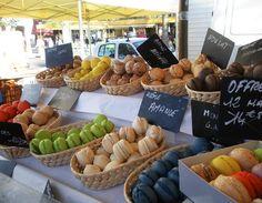 Provencal Markets via Classic Bride blog. photo: Sarah Darcy