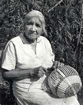 Native American Art- Cherokee Basket Making Cherokee History, Native American Cherokee, Native American Baskets, Cherokee Woman, Native American Beauty, Native American Photos, Native American Tribes, Native American History, Cherokee Indians