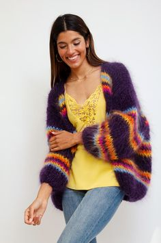 Oversized, fuzzy and warm: this multicolor cardigan is handmade from high-quality wool and will make you feel cozy all winter. This stand-out knited dream will add a luxurious feel to your look. By Les Tricots D'o. Sweater Knitting Patterns, Easy Knitting, Crochet Cardigan, Knit Crochet, Mohair Sweater, Wool Sweaters, Pull Mohair, Striped Gloves, Hooded Scarf