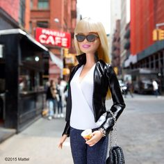 Busy day in Soho, I'll take my coffee to go! ☕️ #barbie #barbiestyle