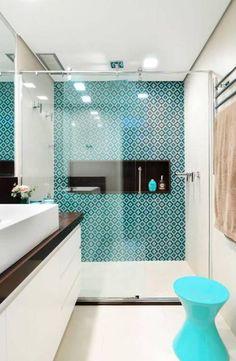 fliesen-deko ideen: modernes badezimmer interieur mit holz, große ... - Modernes Bad Bunt