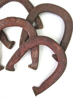 Rusty Horseshoes Set of 4 Instant Collection by worldvintage