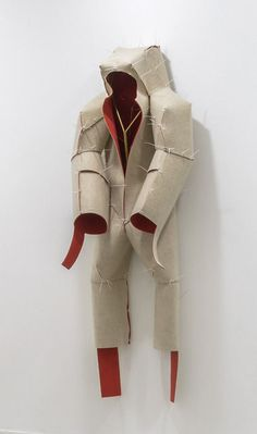 Didier Fiuza Faustino, Home Suit Home (Diabolo rouge), 2013