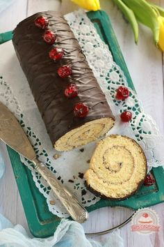 Vajkrémes piskótarolád Butter, Cake & Co, Pastry Cake, Pastry Recipes, Creme, Ale, Dairy, Cake Rolls, Food