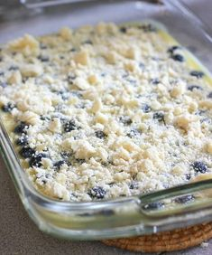 Blueberry bars to bake-also recipe for pineapple coconut bars using same technique Great Desserts, Delicious Desserts, Dessert Recipes, Yummy Food, Bar Recipes, Blueberry Pie Bars, Blueberry Desserts, Blueberry Danish, Bakken