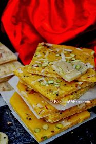 Jagruti's Cooking Odyssey: Bombay Ice and Golden Halwa - Sweets for your Sweet ! My Recipes, Sweet Recipes, Holiday Recipes, Cooking Recipes, Chicken Recipes, Recipies, Dinner Recipes, Indian Dessert Recipes, Indian Sweets