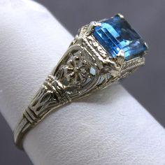 Vintage 14K Blue Topaz Filigree Ring
