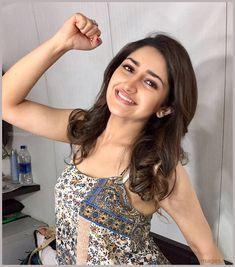 Sayesha Saigal Hot HD Photos & Wallpapers for mobile Bollywood Actress Hot Photos, Beautiful Bollywood Actress, Bollywood Fashion, Indian Bollywood, Tamil Actress, Bollywood Celebrities, Beautiful Girl Indian, Most Beautiful Indian Actress, Beautiful Girl Image