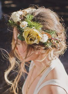 Flower crown made by just breathe boutique // justbreatheboutiquee.etsy.com