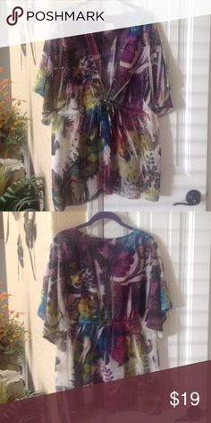 Floral Blouse Size-2X Floral Blouse Size-2X EXCELLENT CONDITION!! 100% Polyester torrid Tops Blouses