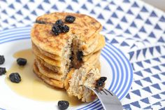 Looking for a vegan coconut flour pancakes recipe? These ones are light, fluffy and easy to make. Best served with blueberries and maple syrup!