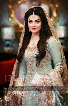 Pakistani Wedding Outfits Beautiful Pin by Pabitra Kumar Das On My Kinda Girl Pakistani Bridal Couture, Pakistani Wedding Outfits, Bridal Outfits, Pakistani Dresses, Indian Bridal, Indian Dresses, Pakistani Clothing, Bridal Looks, Bridal Style