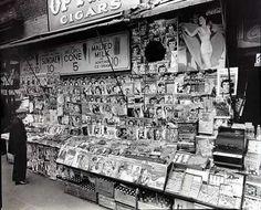 Berenice Abbott - Newsstand; 32nd Street and Third Avenue November 1935
