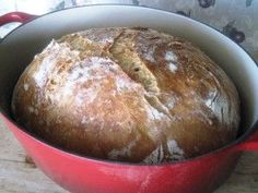 Few weeks ago I baked my first bread in the Dutch Oven, but used all-purpose unbleached white flour, mixed with some whole wheat flour. The bread was very tasty, and spongy. Dutch Oven Bread, Dutch Ovens, My Favorite Food, Favorite Recipes, Bread Recipes, Cooking Recipes, International Recipes, Bread Baking, Food To Make