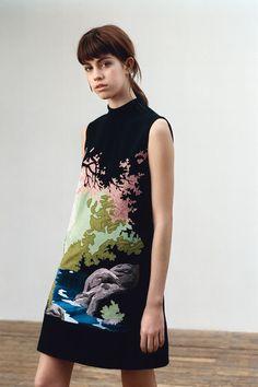 Victoria, Victoria Beckham Fall 2016 Ready-to-Wear Collection Photos - Vogue